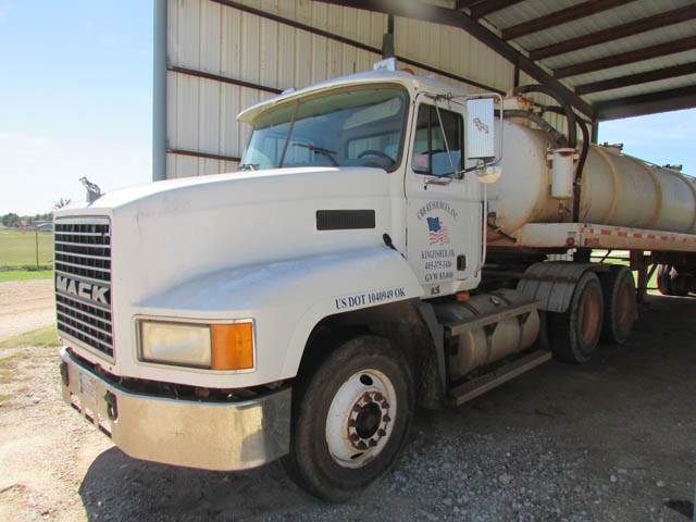 MACK CH613 Truck Tractor – DY1 YD4