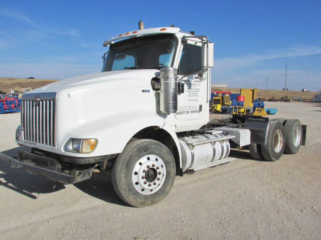 2011 INT'L Truck Tractor – YD1