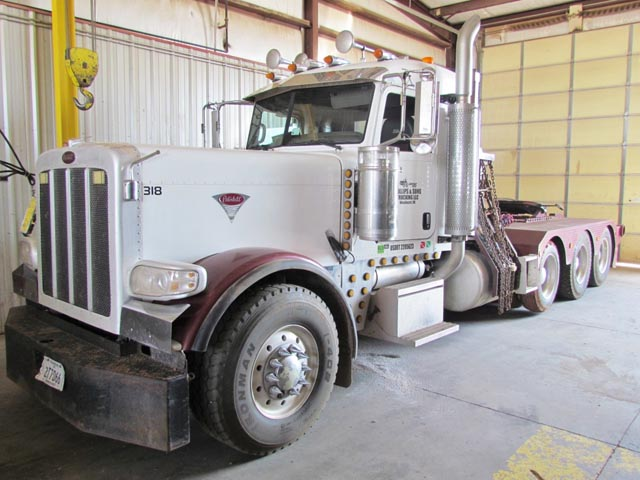 '09 PETE 389 4-Axle Winch Truck – DY2 YD11