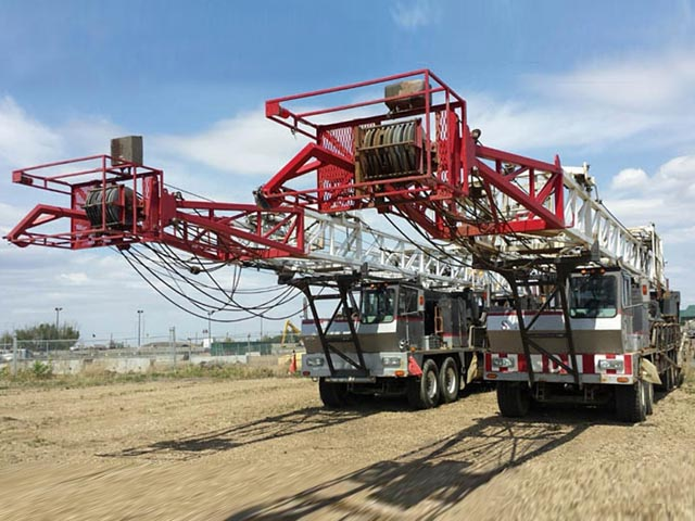 (2) 2001 CROWN WTD-350 Well Service Rigs – DY3 YD1