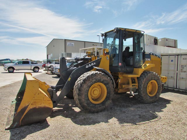 J.DEERE 444K Wheel Loader – DY2 YD1