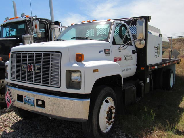'99 GMC C6500 S/A Fuel Truck – DY2 YD3