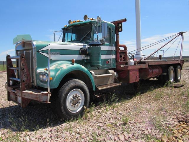 '78 KENWORTH W900 T/A Pole Truck – DY2 YD4