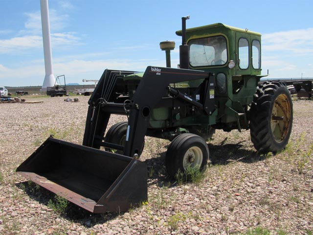 J.DEERE Utility Tractor w/Loader – DY2 YD4