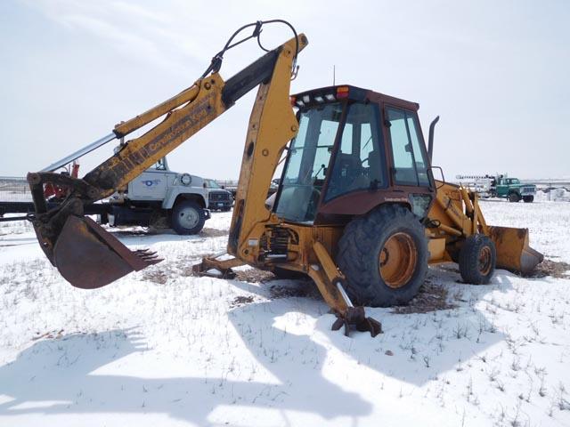 CASE 580 Super K Loader/Backhoe – DY2 YD4