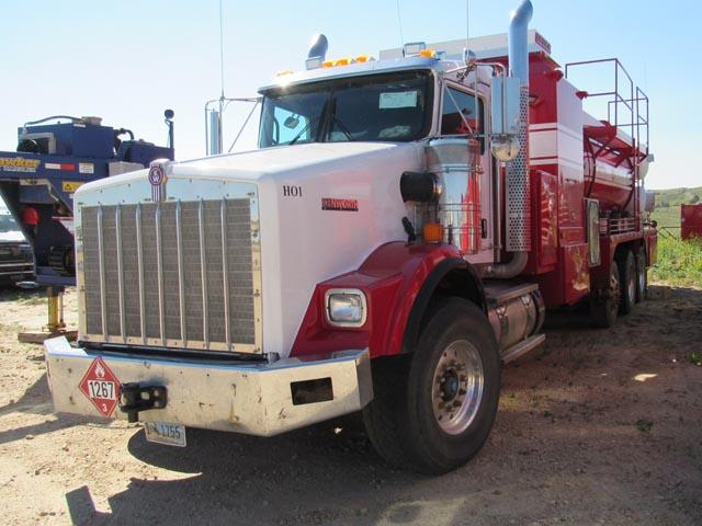 KENWORTH T-800 Hot Oil Truck – DY2 YD7