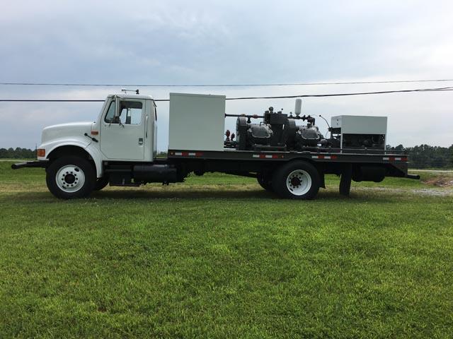 INTERNATIONAL Twin Pump Truck – YD6