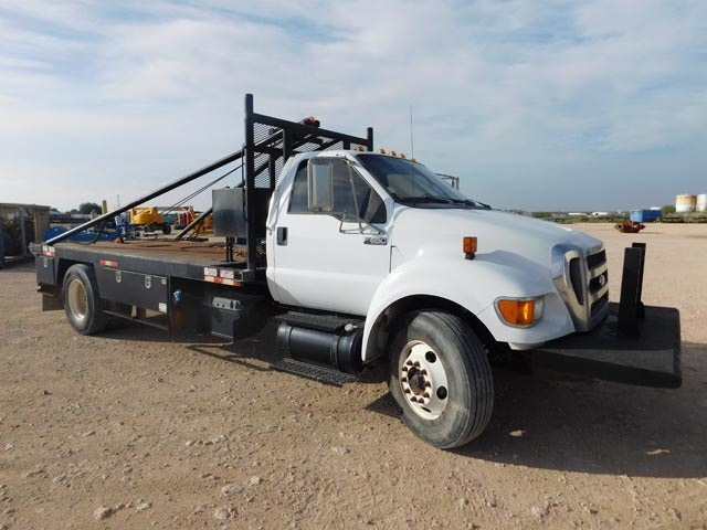2012 FORD F-650 Roustabout Truck – YD1