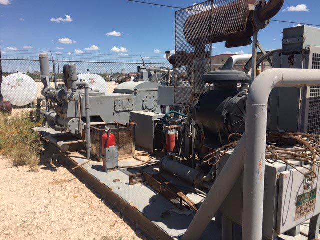 (1 of 2) ELLIS WILLIAMS W-440 Triplex Pumps – YD1