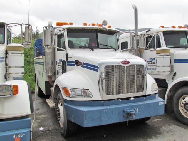 '12 PETE Service Truck – DY1 YD25