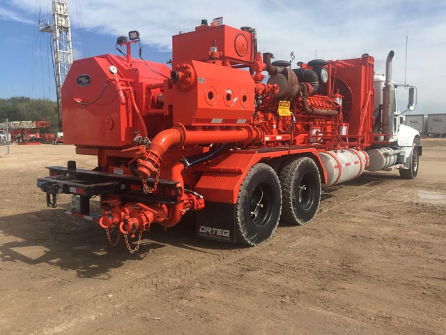 (1 of 2) G.DENVER C-2250 Frac Pump Units