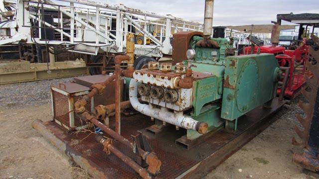G.DENVER TEE Pump p/b DETROIT 4-71 Eng