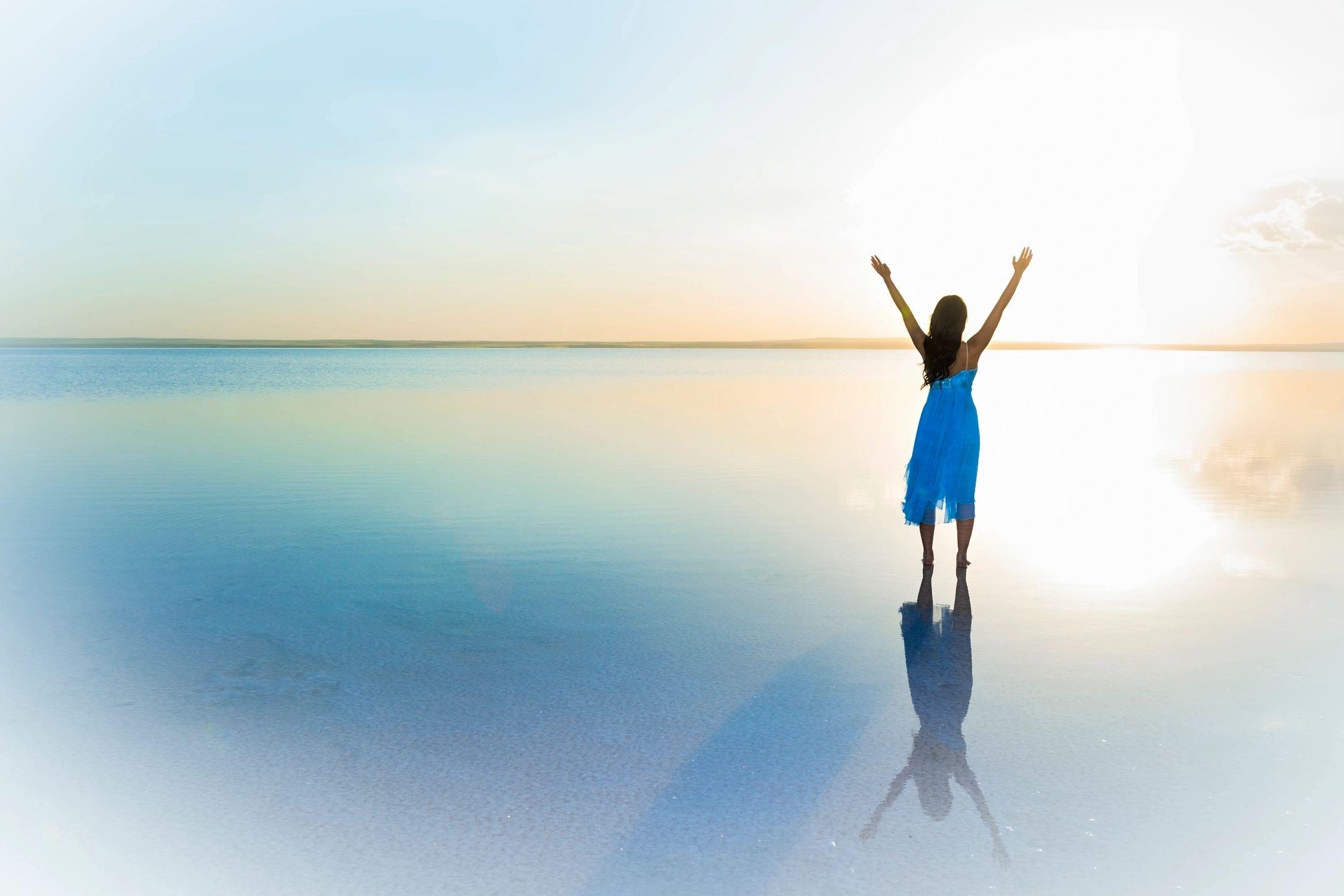 BUILD YOUR SELF ESTEEM, A STARTER GUIDE TO SELF IMPROVEMENT