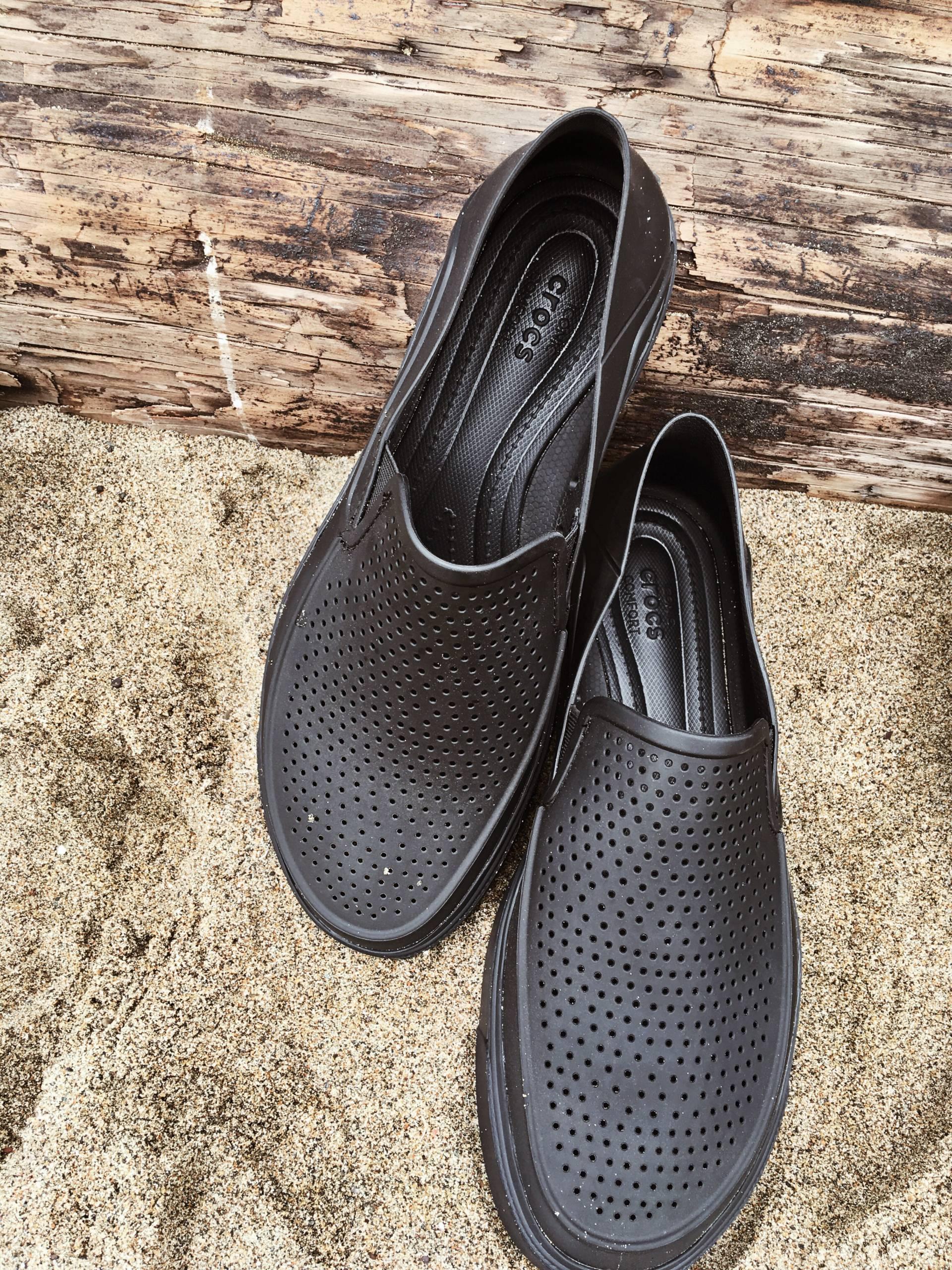 fathers-day-crocs- men's shoes