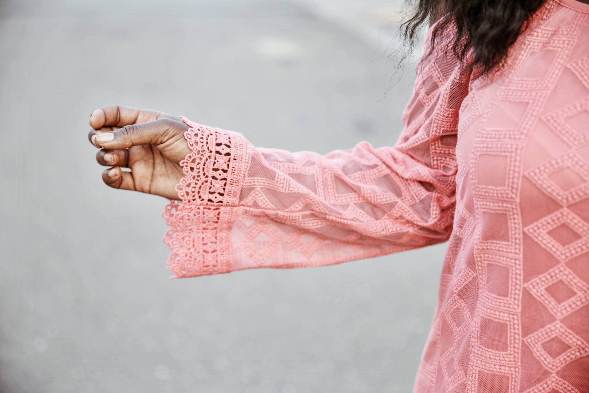 cold-shoulder-lace- ruthie ridley blog