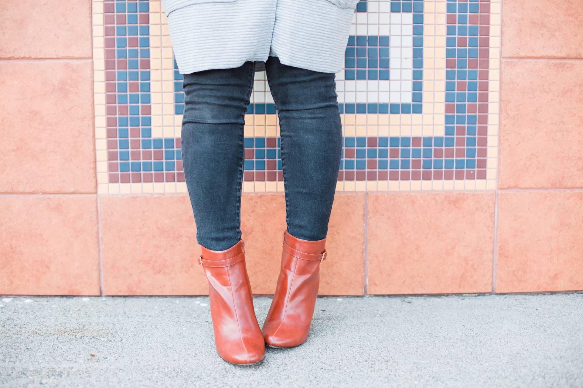 evys-tree-light-weight-jacket- Fall Boots
