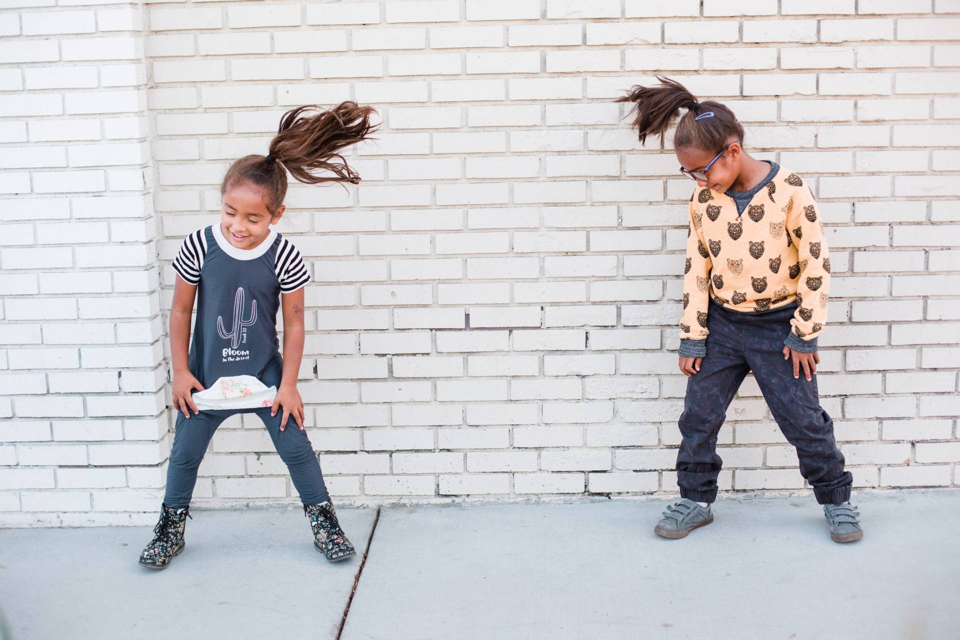 hi-kids-co- kids dancing