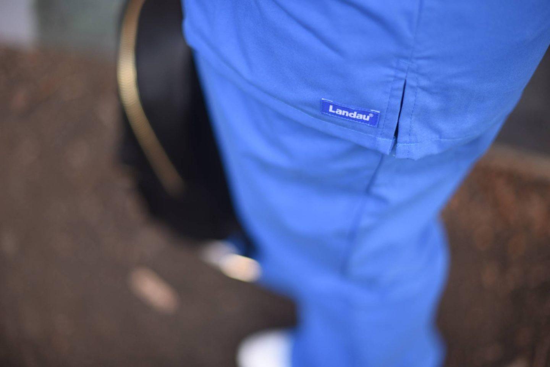 nursing-career- blue scrubs