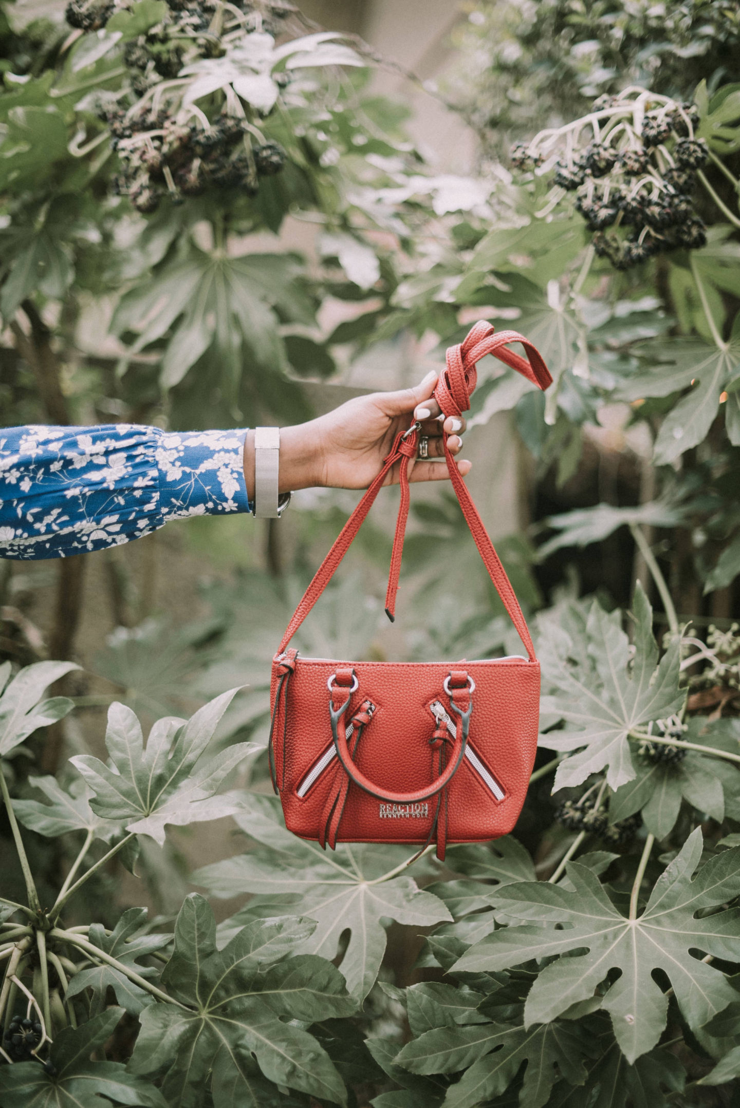 bring-on-spring-with-shoe-carnival- the bag