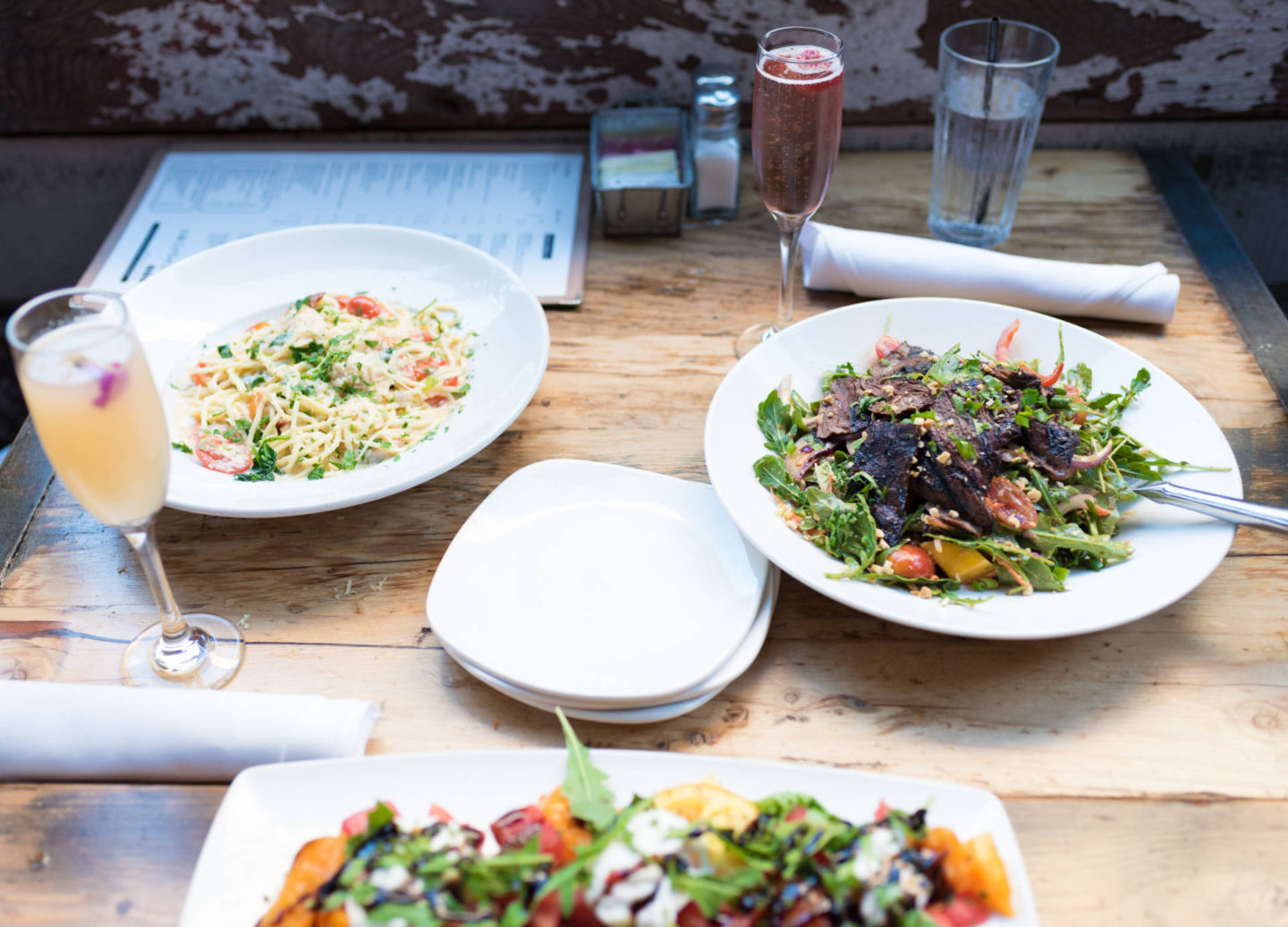 A go-to meal spot for brunch, lunch and dinner! One of Sacramento's favorite urban restaurant's offering American comfort food!