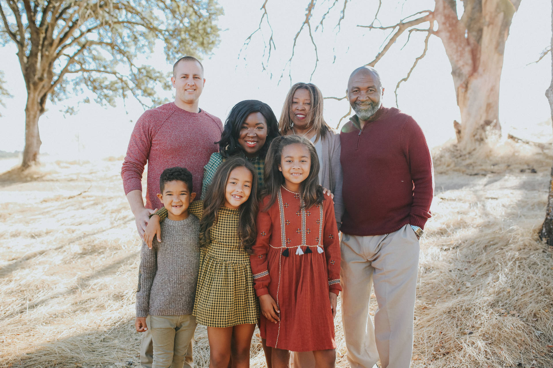 5 Styling Tips For Your Next Family Photo Shoot: Make sure that everyone feels comfortable in what they are wearing. You can also start by getting inspiration online or even looking at what you have in your closet and building the looks from there.