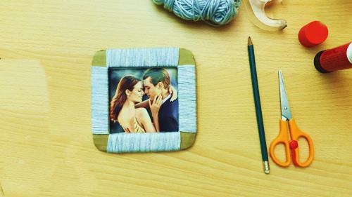 DIY Picture Frame With Yarn