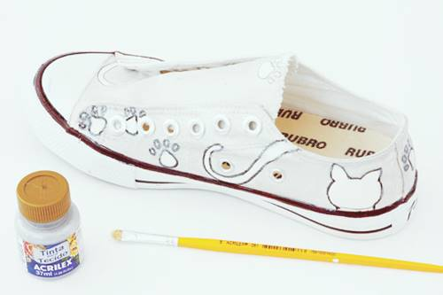 Canvas Sneakers With Kitten Silhouettes
