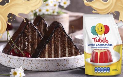 Torta de Chocolate con Tubito