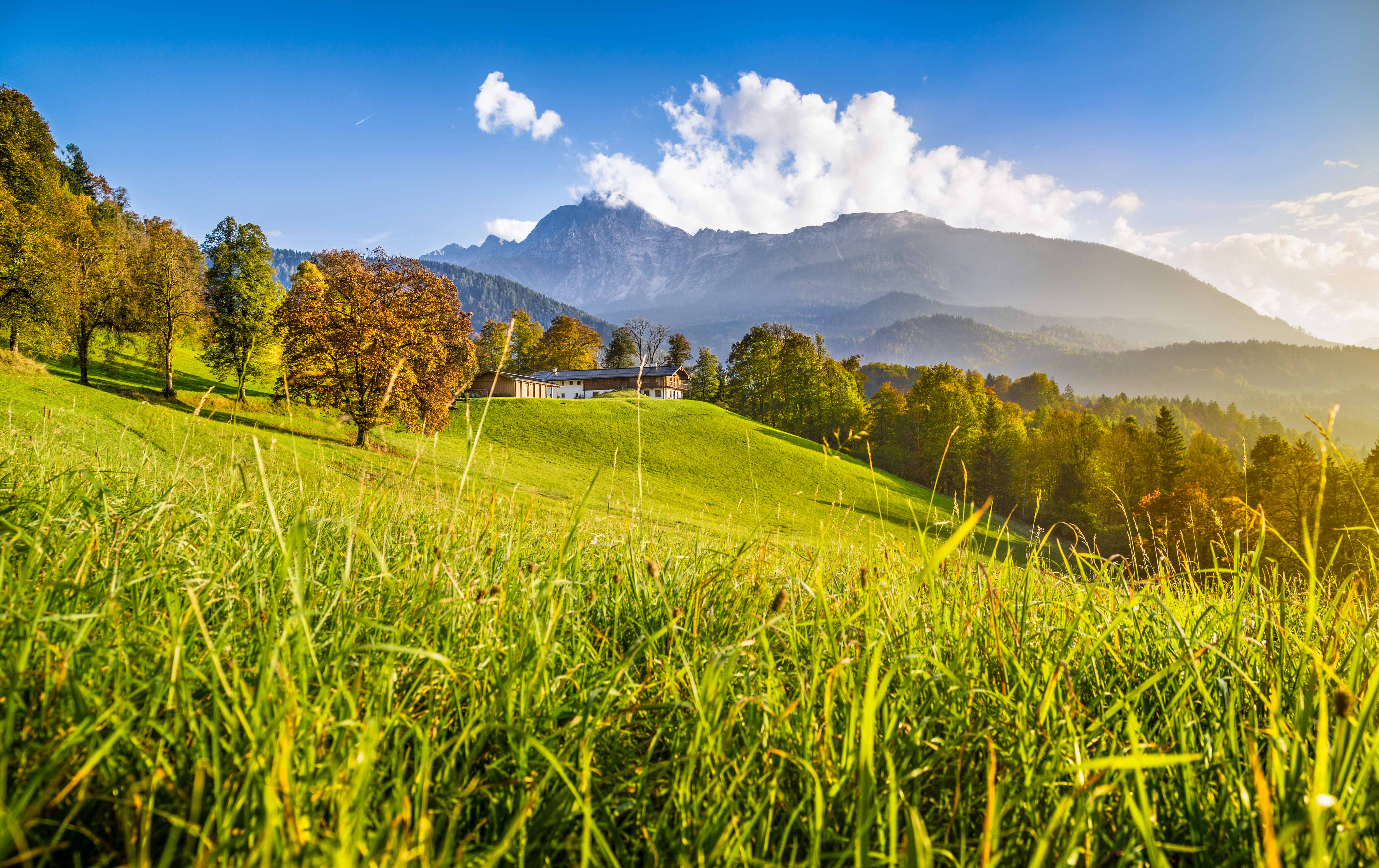 Mountain View - Three Suprising Mountain Towns to Visit This Summer