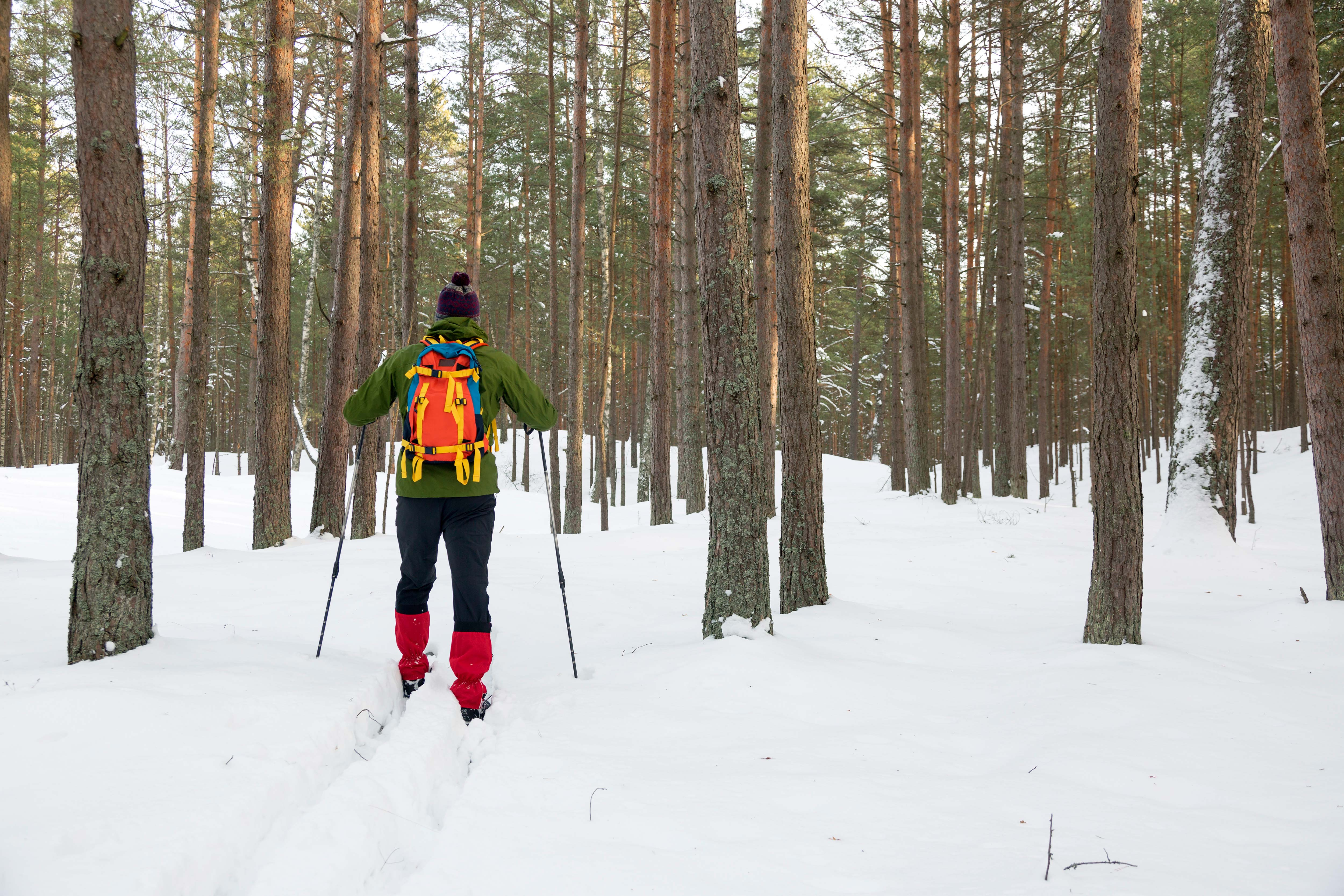 what to wear when cross country skiing