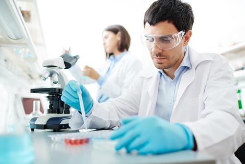 Israeli lab tech works on coronavirus vaccine