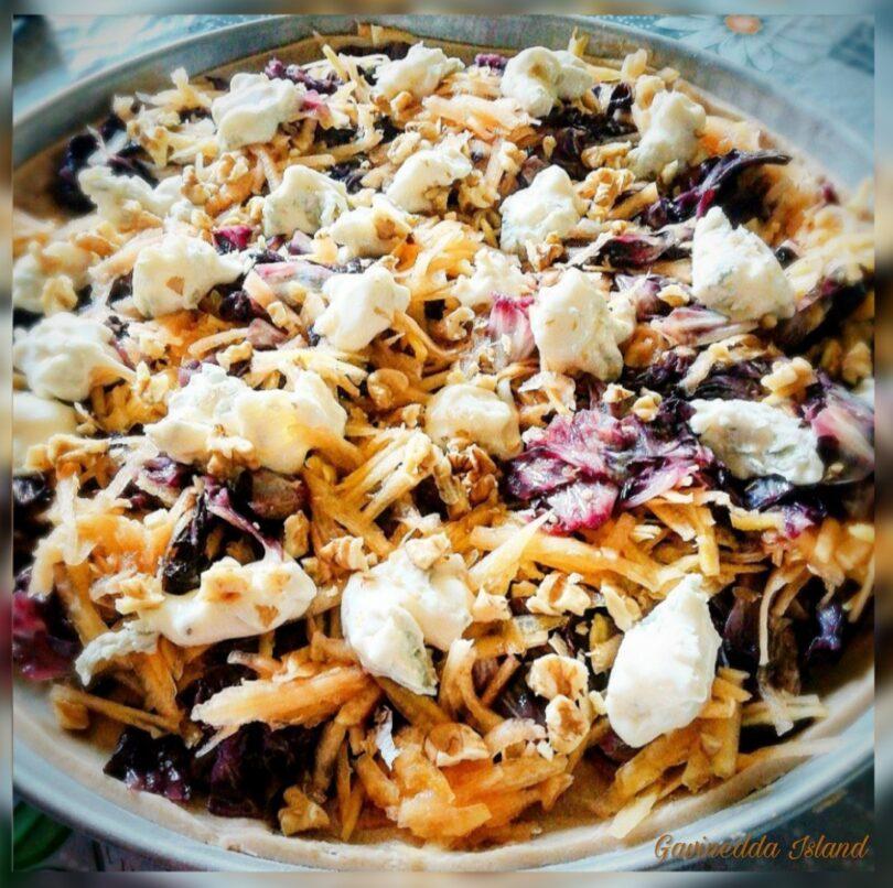 Quiche zucca, radicchio, noci e gorgonzola