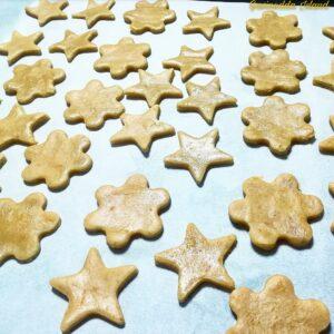 Biscottini arancia, cannella e cioccolato fondente preparazione