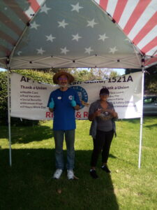Staff Guild Volunteers Mike Romo (District Office) and Cha-Zette Smith (WLAC)