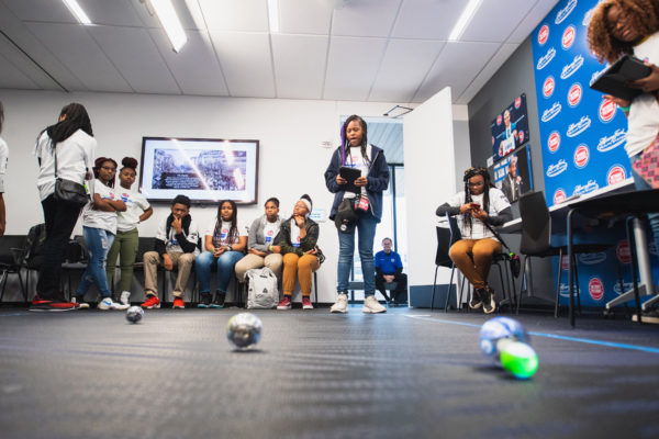 RoboticsWorkshop-TheHiddenGeniusProject-DetroitTechSlam