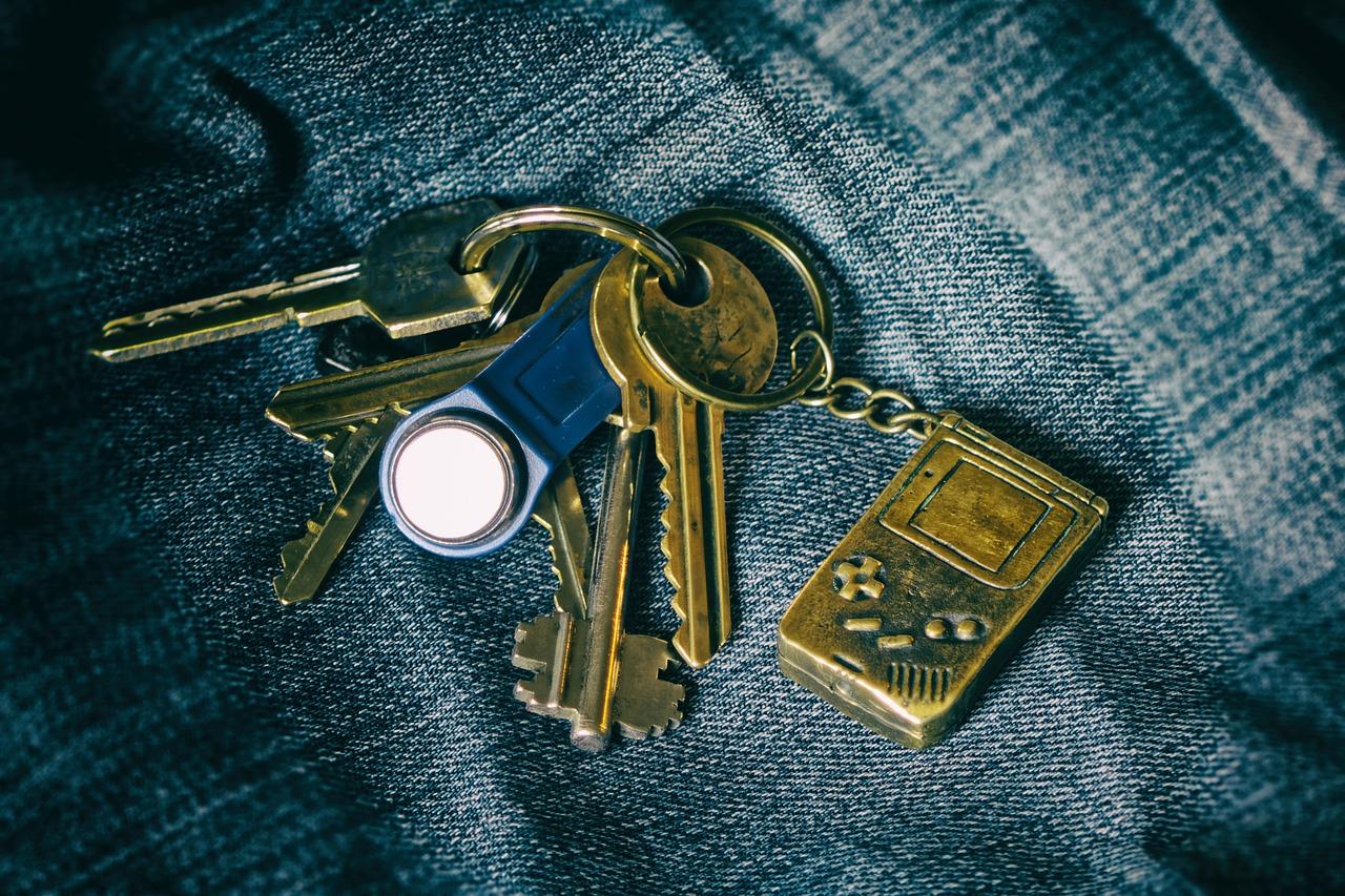 keychain, keys, bundle
