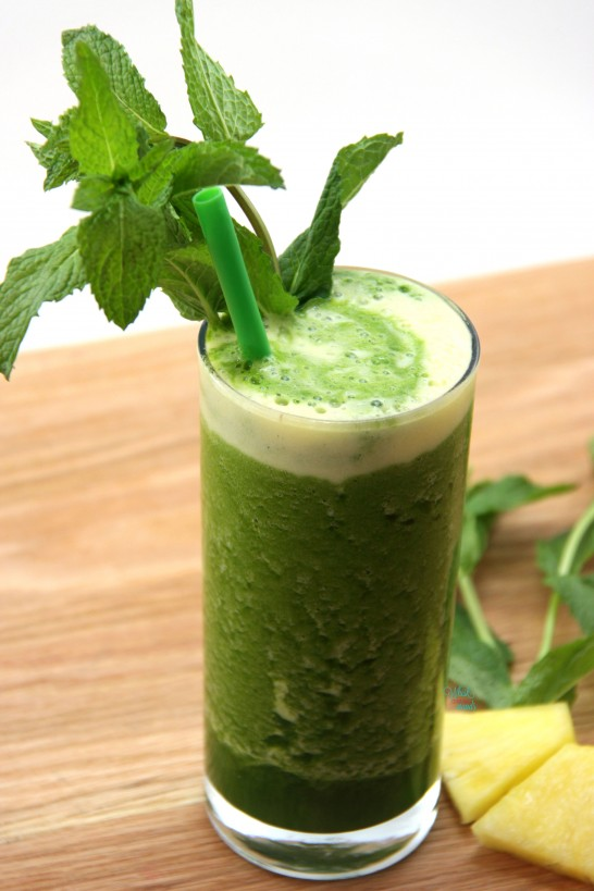 Pineapple Mint Protein Smoothie
