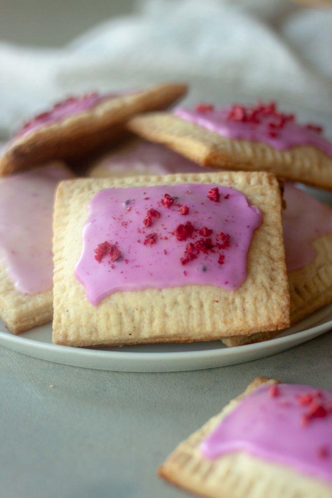 Berry Pancake Pop Tarts (raspberry)