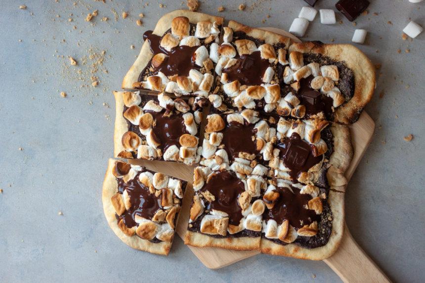 Sliced Sourdough S'more Pizza on pizza board