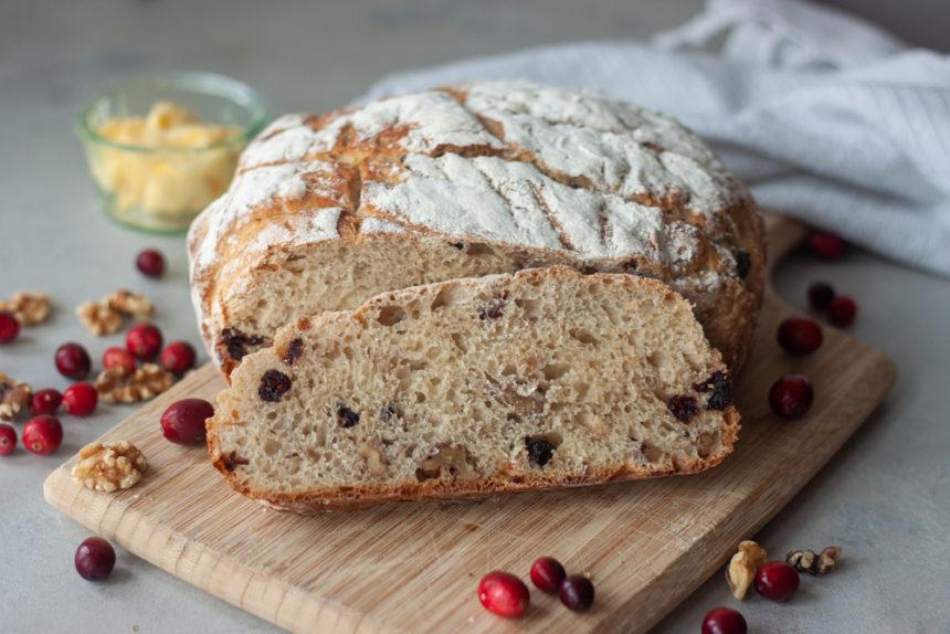 Cranberry Walnut Spelt Sourdough Bread sliced