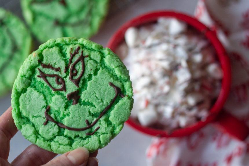 Grinch Crinkle Cookie