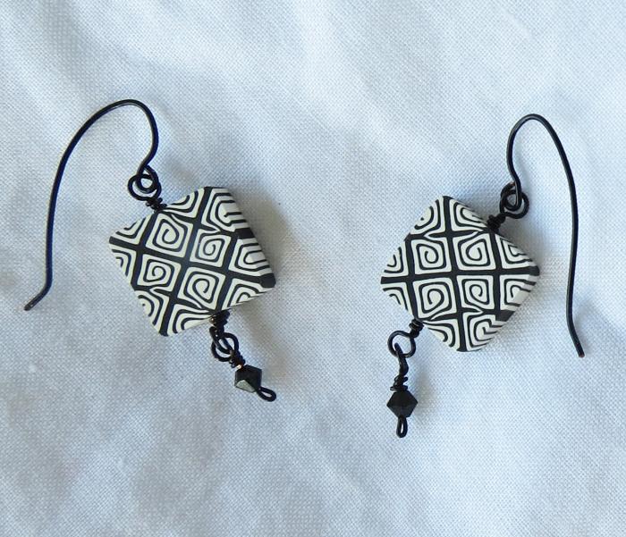 Vertigo Earrings