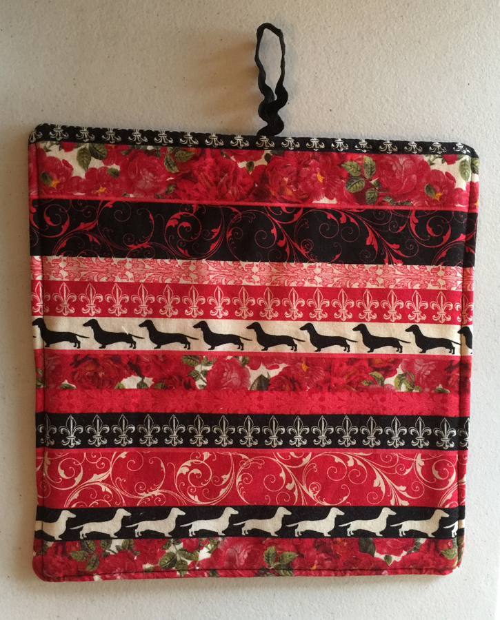 2 Dachshund and Roses Print Pot Holders ~ 100% Cotton