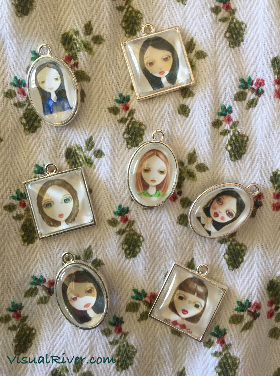 Portrait Locket Pendant Necklaces
