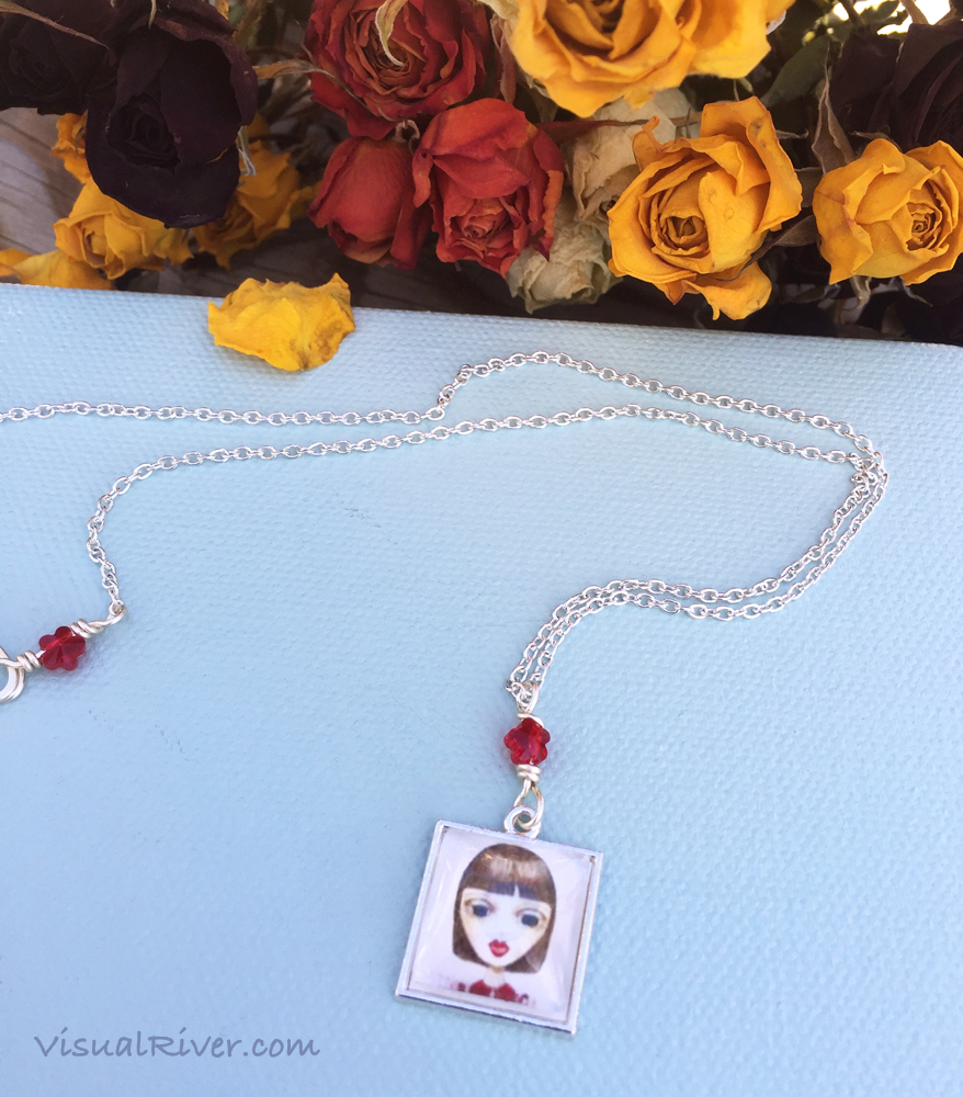 Nadia Pendant Locket Necklace
