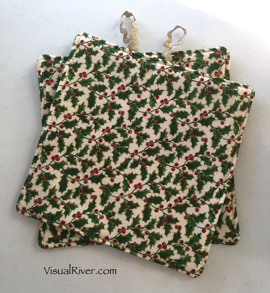 Holly and Berries Christmas Pot Holders