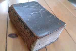 Victor Jones' Bible