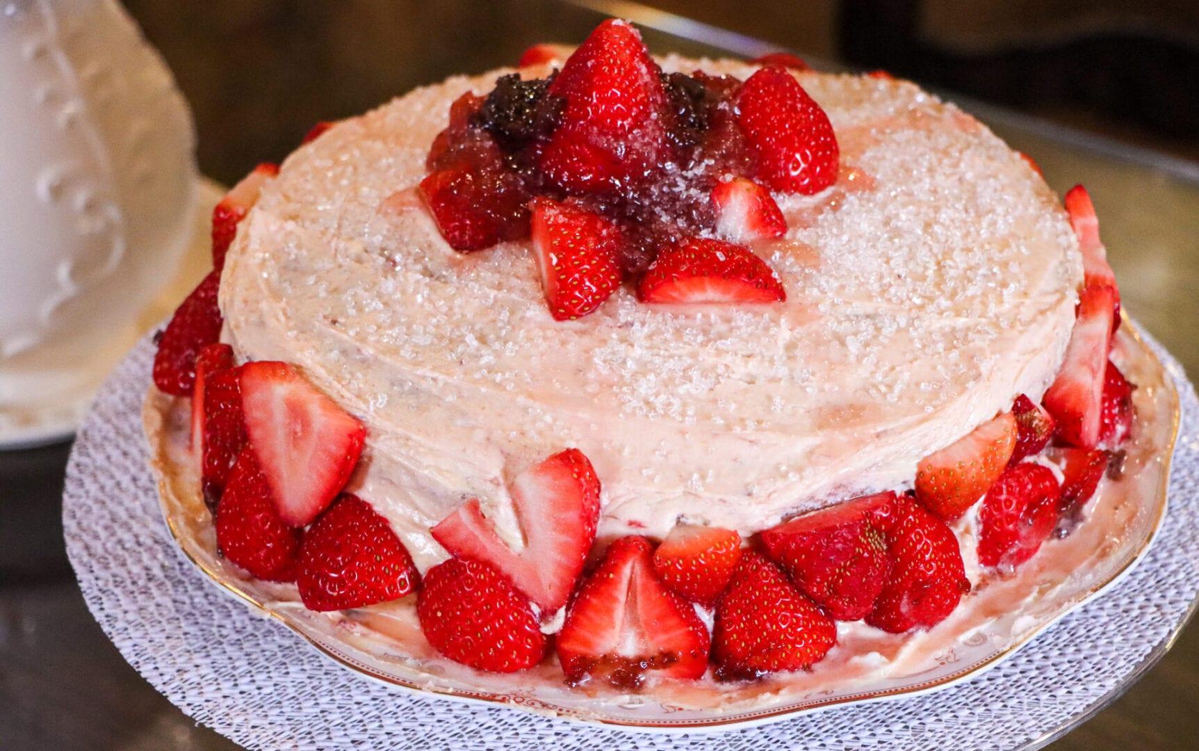 Strawberry-cake-1-2-scaled