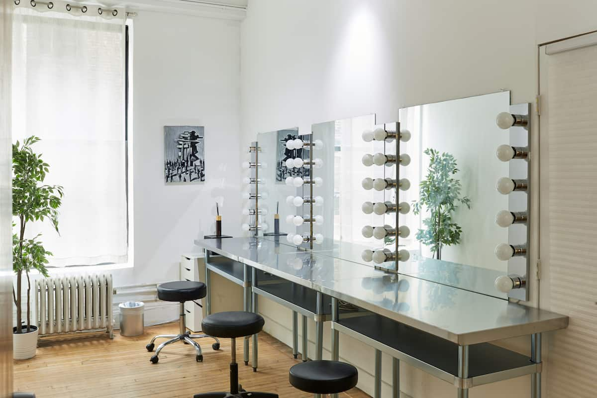 ContraStudios_Hair&Makeup_Room3533_Final_edit 1200 800