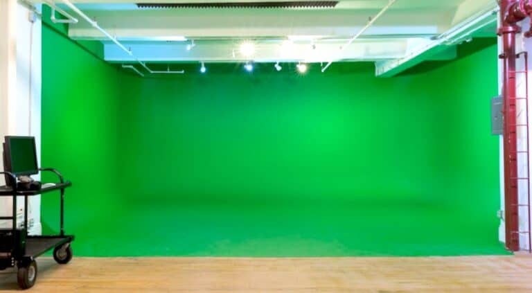 Read more about the article NYC Soundstage Vs. Location Shooting – Exploring The Right Choice
